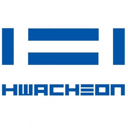 Hwacheon Première: presentato il centro di tornitura Hi-TECH 750